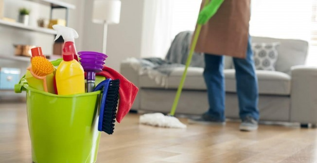 Professional Cleaning in Rhyd-yr-onen